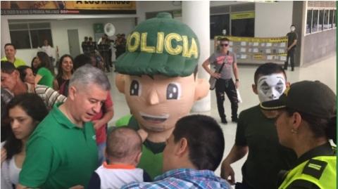 Inició proceso de socialización del Código Nacional de Policía en estaciones de Metrolínea