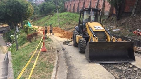 Continúan trabajos de alcantarillado para el Portal Norte - Ciudad Jardín