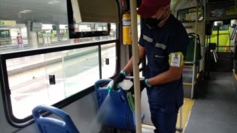 'El compromiso de evitar aglomeraciones en estaciones y buses es de todos': Sistema Metrolínea