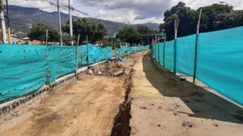En 30 % avanzan obras complementarias en el Portal Girón de Metrolínea
